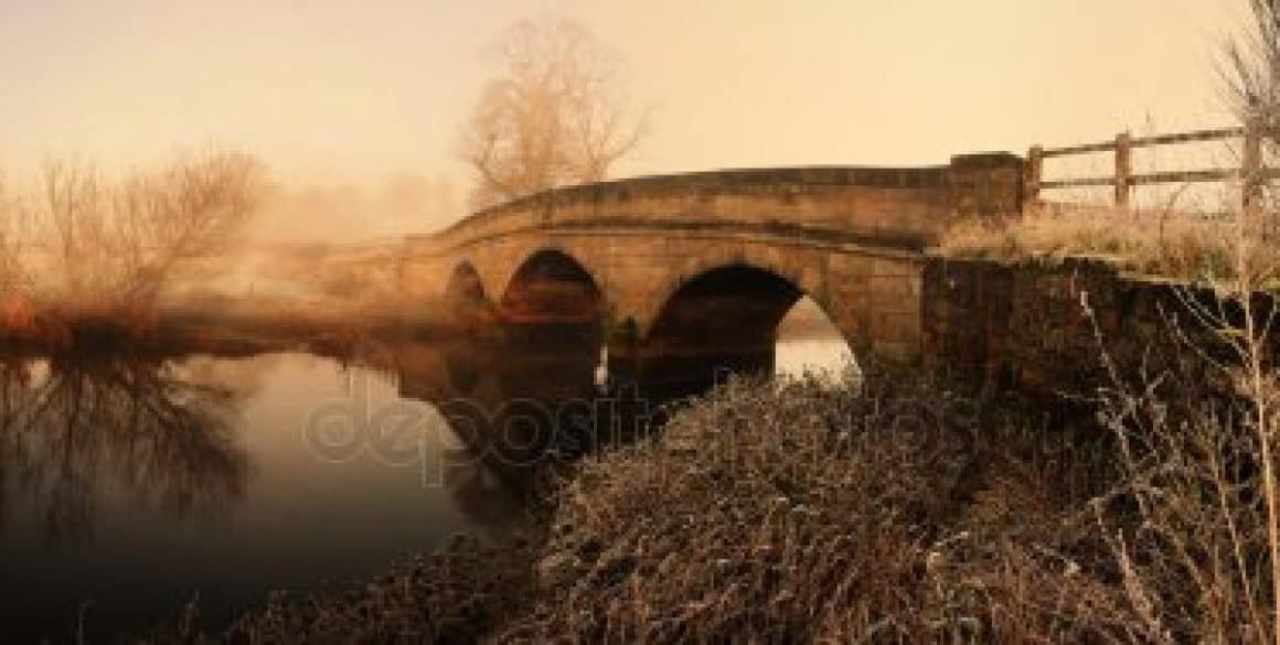 depositphotos_4499348-stock-photo-stone-bridge-panoramic